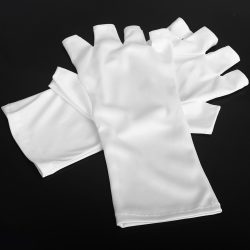 Gloves for UV protection